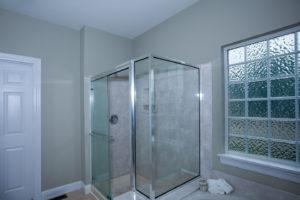 24Master bath 2-23