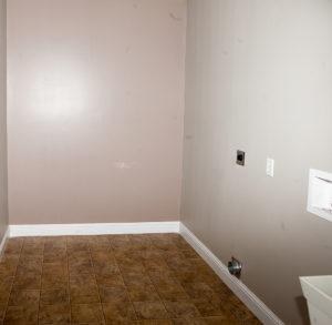 25Laundry room-48